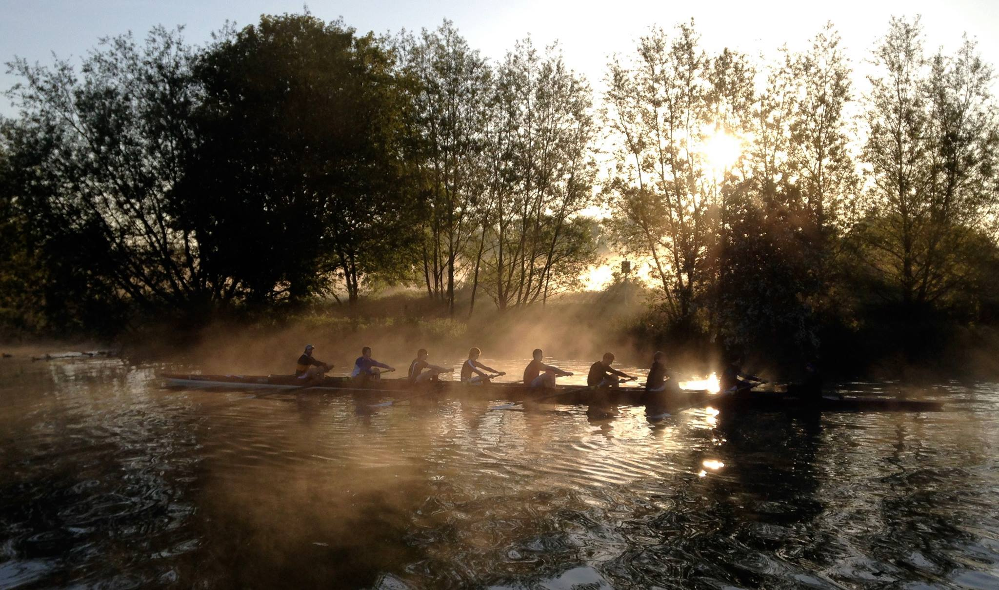 Merton M1 - early morning training on the Isis